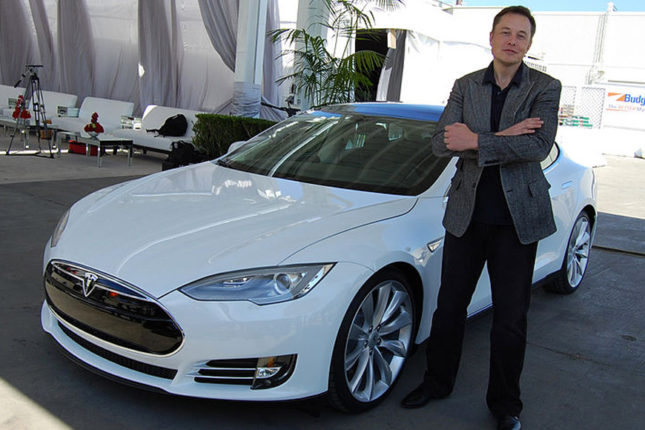 musk-with-a-car